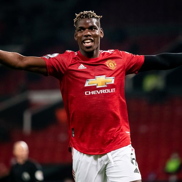 Why has Pogba been wearing an arm sleeve?