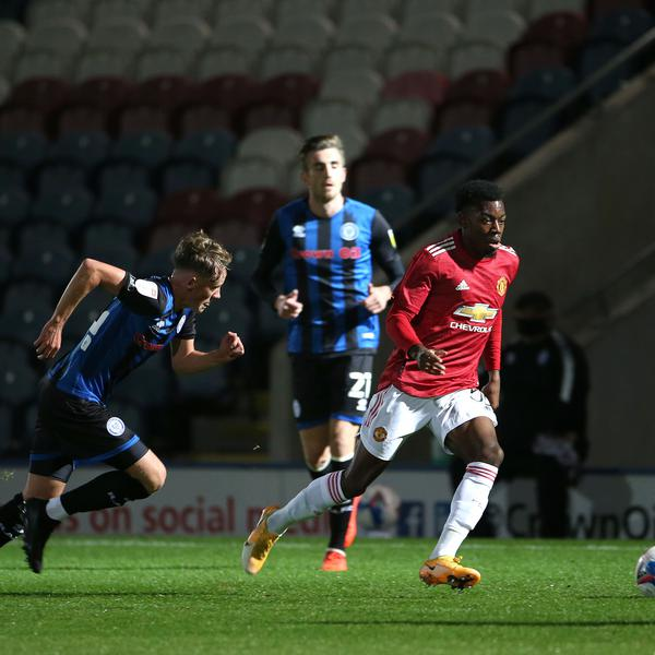 United youngsters win on penalties