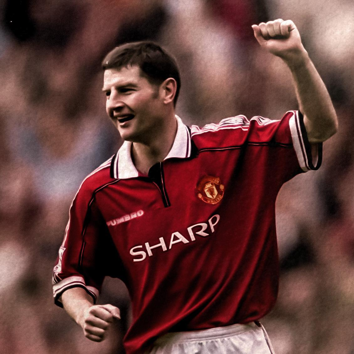 Denis Irwin.
