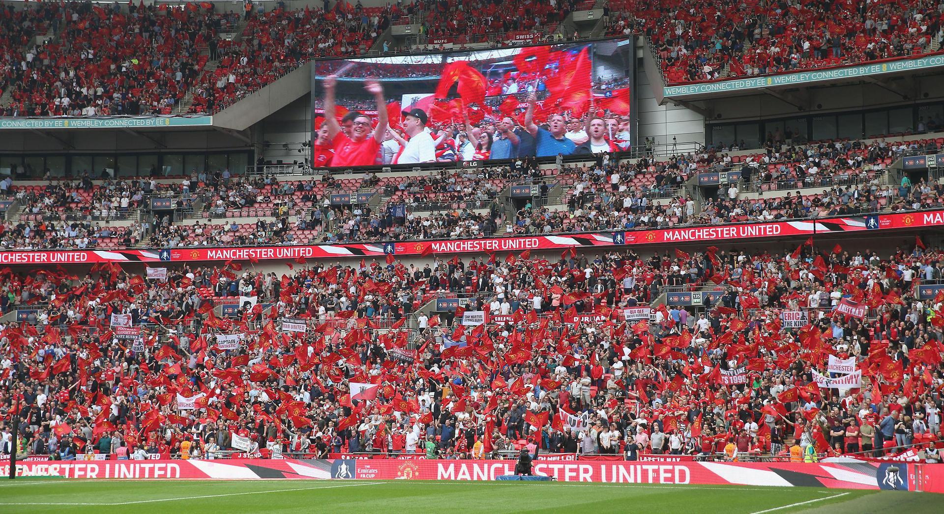 حضور جماهيري في نصف نهائي كأس الاتحاد الإنجليزي