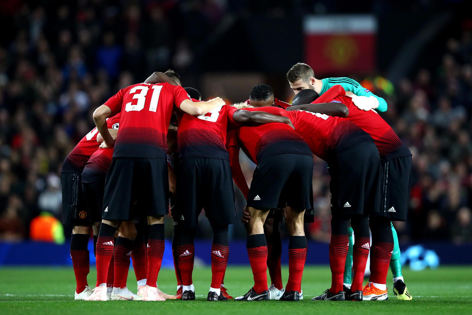 The pre-match huddle ahead of the 0-0 draw.
