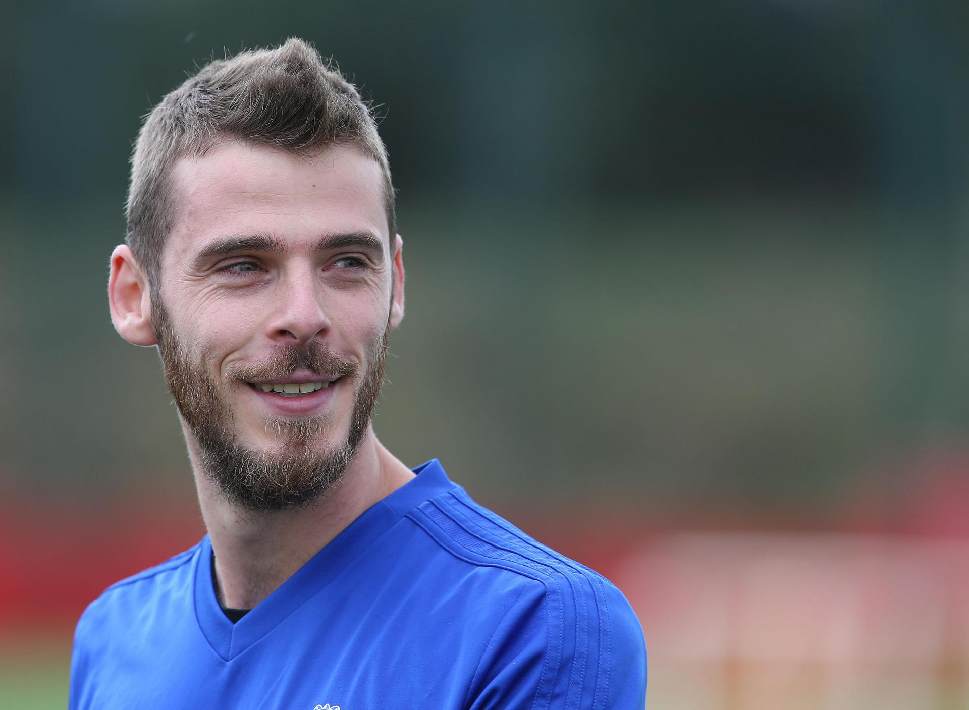 David De Gea smiles during a training session in August 2018