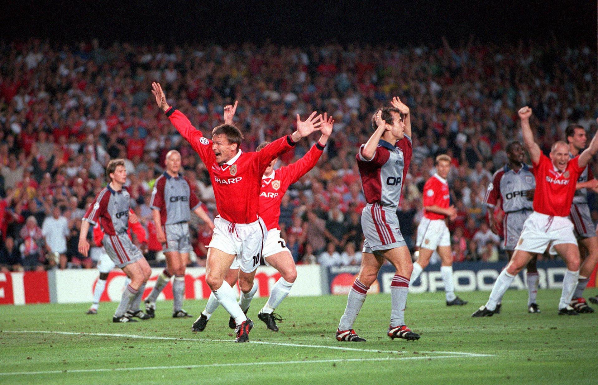 Teddy Sheringham equalises for Man Utd in the 1999 Champions League final