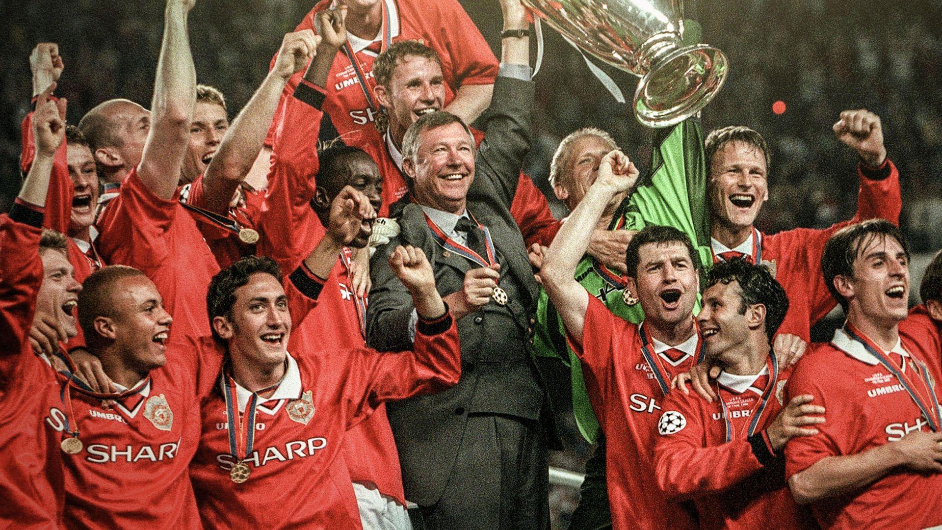Sir Alex Ferguson Returns To Man Utd Dugout For Legends