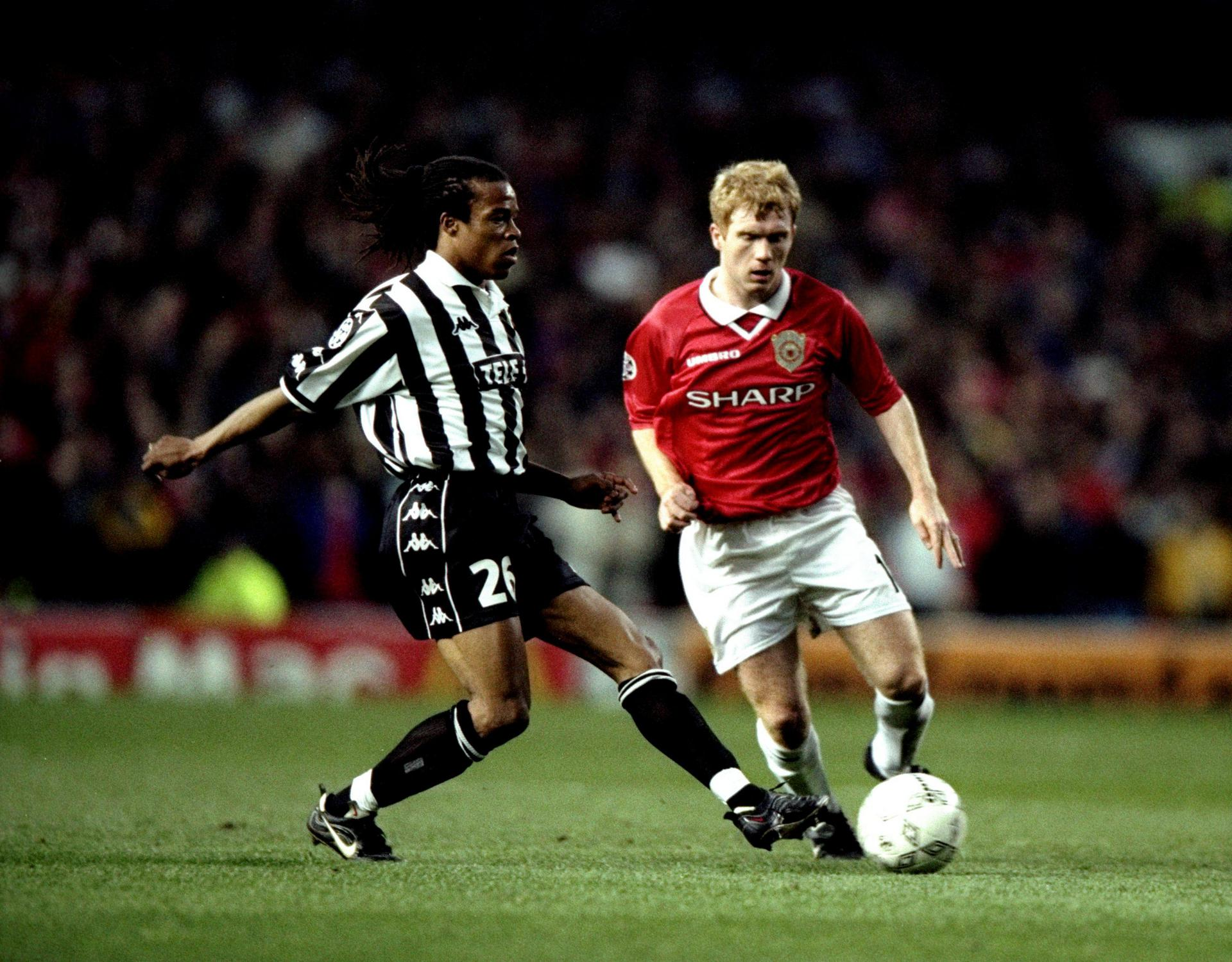 Edgar Davids and Paul Scholes.