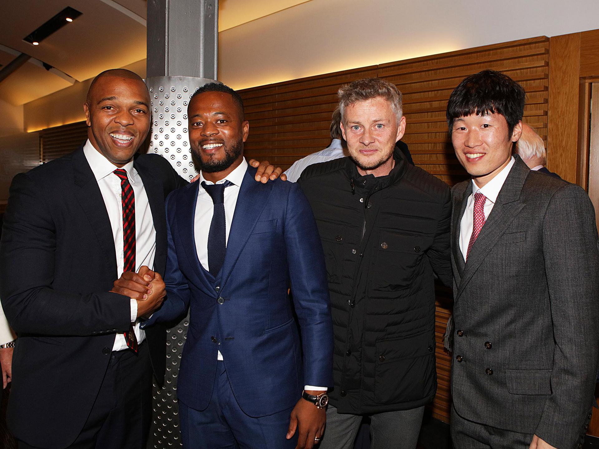 Quinton Fortune, Patrice Evra, Ole Gunnar Solskjaer and Park Ji-sung at Old Trafford.