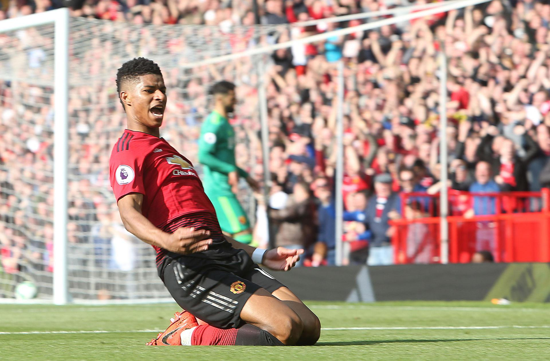 Marcus Rashford knee slide celebration.
