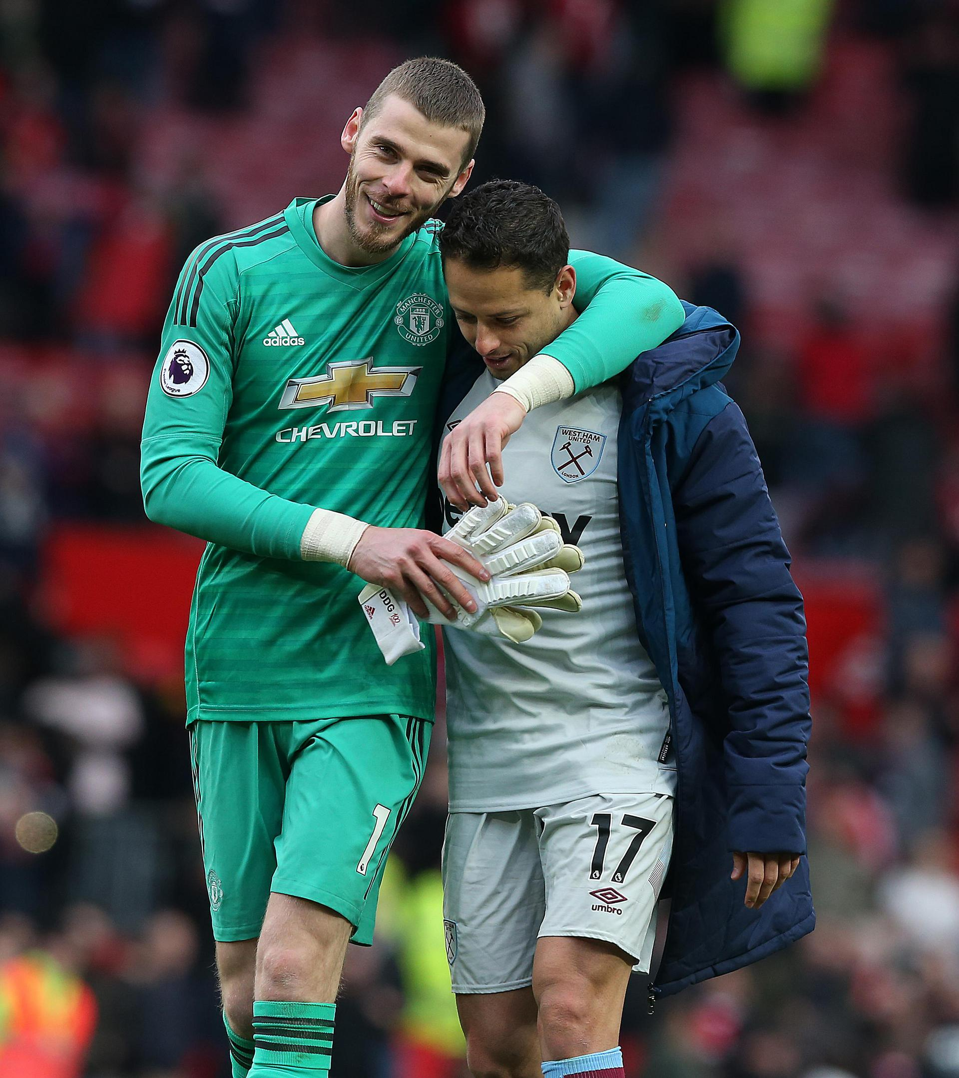 David de Gea with ex-Red Chicharito after United's 2-1 win against West Ham