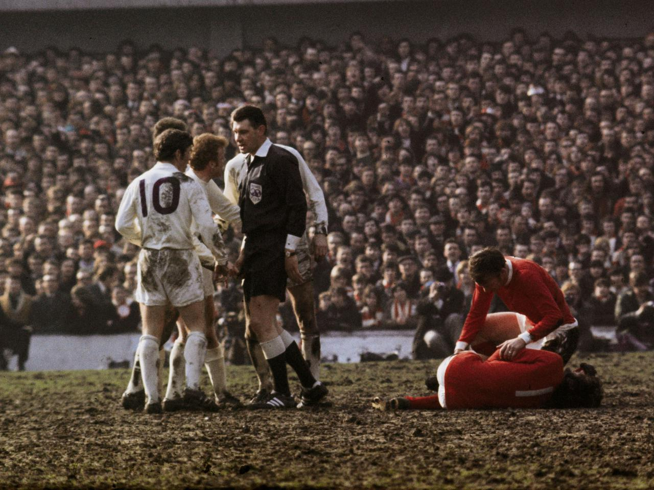 The Story Of Man Utd S Rivalry With Leeds United Manchester United