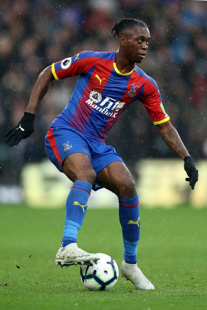 Aaron Wan-Bissaka playing for Crystal Palace during the 2018/19 Premier League season.
