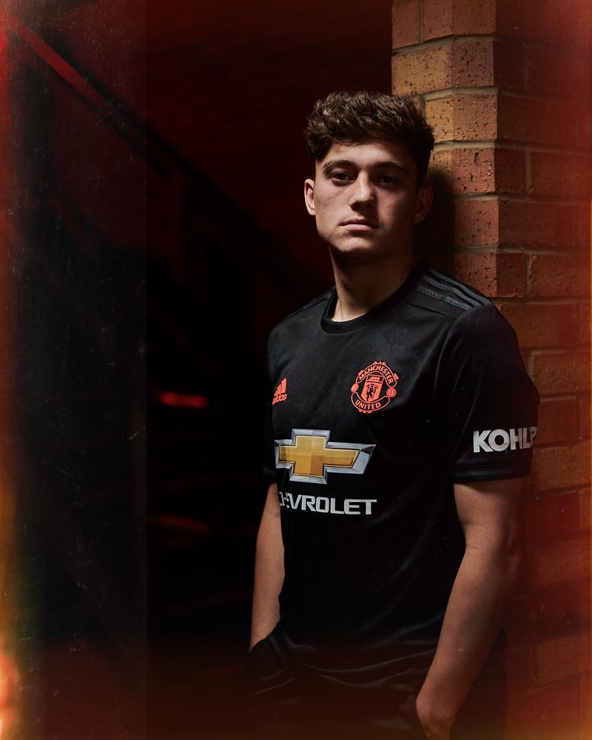 New Man Utd Third Kit Image 1 Manchester United