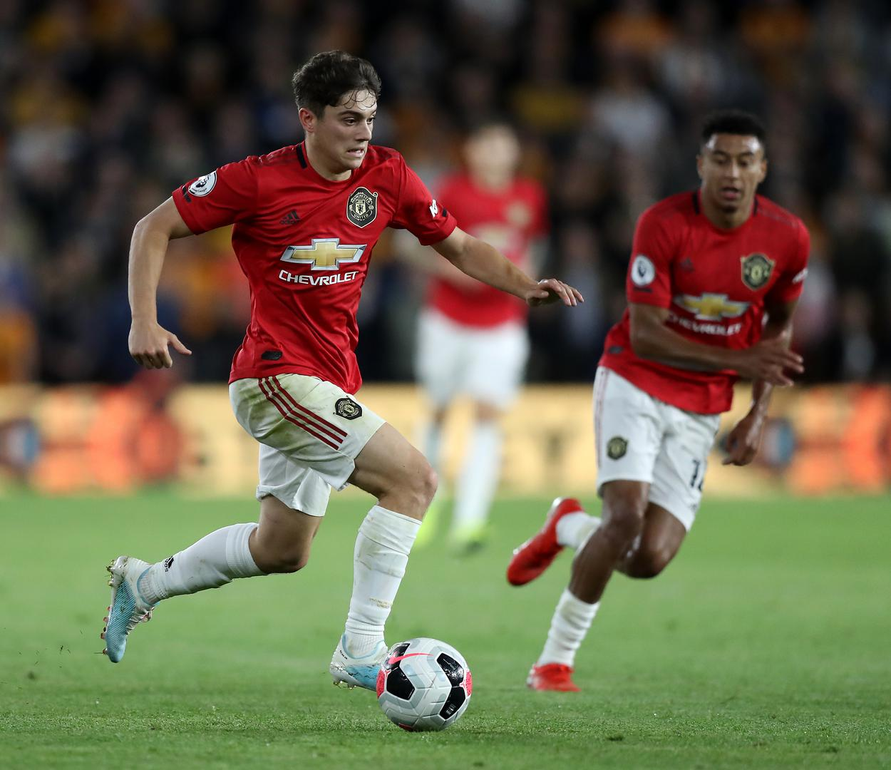 Daniel James and Jesse Lingard attack against Wolves