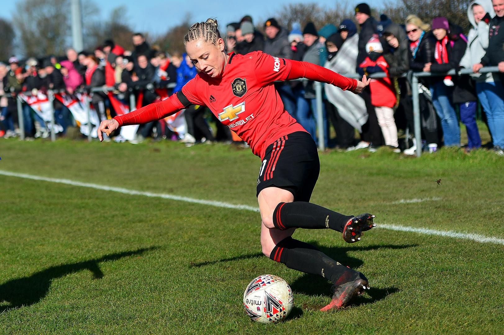 Leah Galton in action for Manchester United.