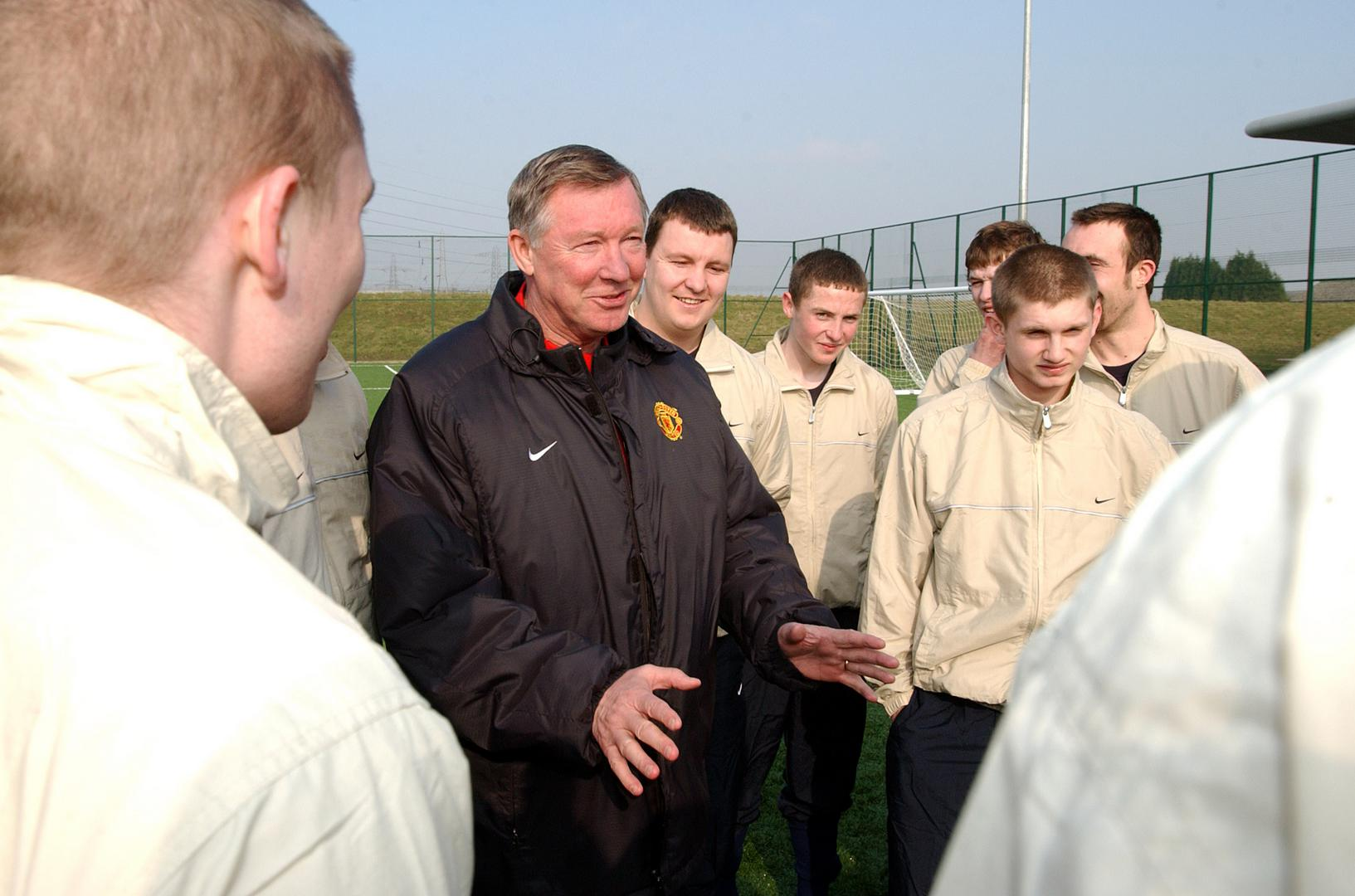 Sir Alex Ferguson with the Scotland Homeless World Cup squad in 2003.