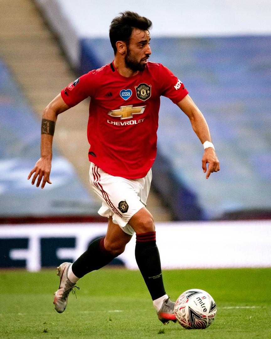 Bruno Fernandes on the ball in the FA Cup semi-final at Wembley.