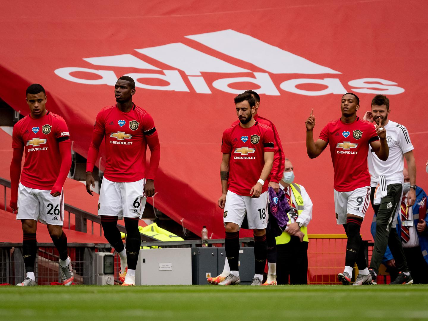 United players come out at Old Trafford