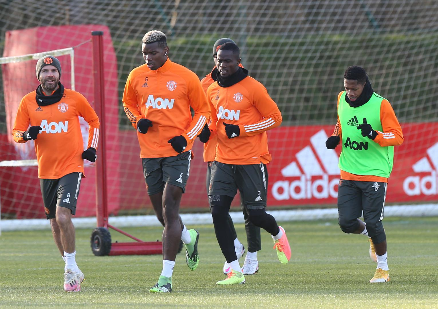 Manchester United players in training.