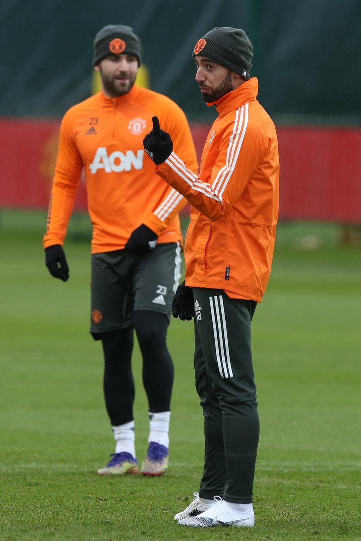 Luke Shaw and Bruno Fernandes in training