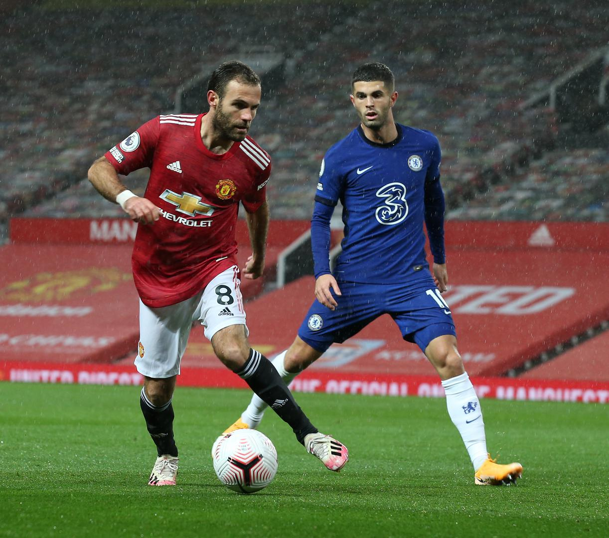 Juan Mata on the ball against Chelsea